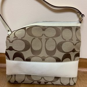 Coach tote, very good condition!